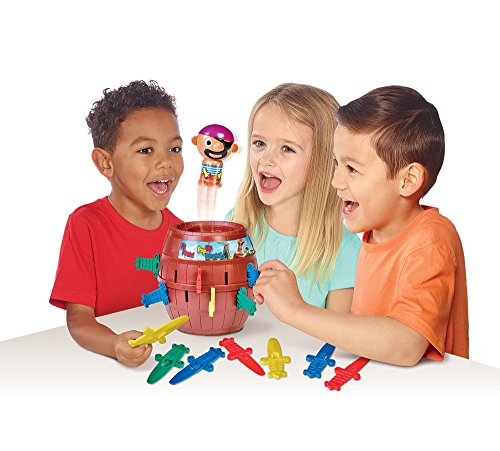 TOMY Pop Up Pirate Classic Children/'s Action Game 2-4 player suitable 4+years